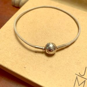 Pandora Lt Gray Cord Essence Bracelet 🌸